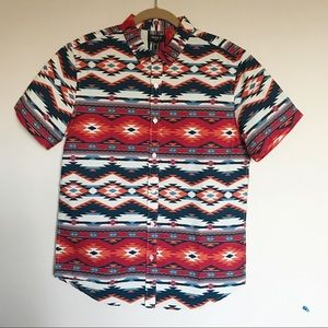 Forever 21 Men's Fitted Geo Tribal Shirt Medium